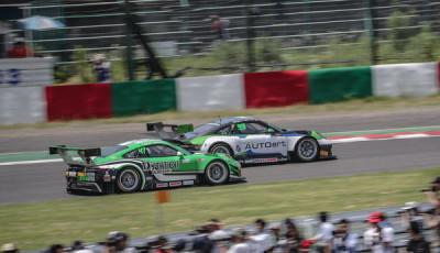 10h-Suzuka-2018-Preview-D-station-Racing-Porsche-911-GT3-R-Tomonobu-Fujii-Sven-Mueller-Earl-Bamber