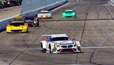 12-Sebring-2015-BMW-Corvette-Porsche-Aston-Martin