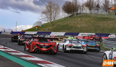 12h-Red-Bull-Ring-2017-Fahrzeuge-von-hinten