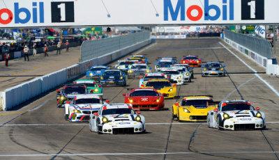 12h-Sebring-2015-Start-GT-Klassen