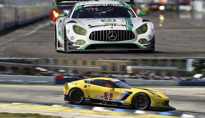 12h-Sebring-2017-Sieger-GT-Klassen-Mercedes-AMG-GT3-Nr33-Corvette-Nr3