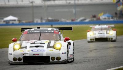 24h-Daytona-2016-Testtag-3-Porsche-911-RSR