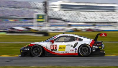 24h-Daytona-2017-Qualifying-Porsche-911-RSR-Nr-911