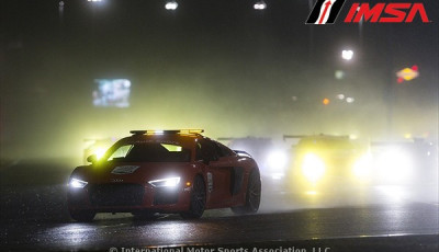 24h-Daytona-2017-Safety-Car-in-der-Nacht