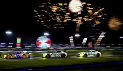 24-Stunden-Rennen Daytona: (v.l.n.r.) SunEnergy1 Racing, #75 Mercedes-AMG GT3; Riley Motorsports – WeatherTech Racing, #50 Mercedes-AMG GT3; Riley Motorsports – Team AMG, #33 Mercedes-AMG GT3