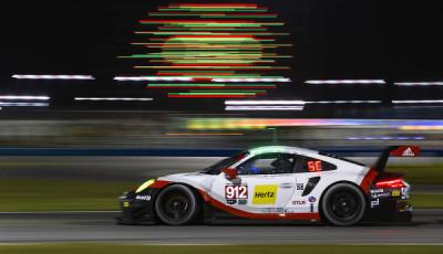 24h-Daytona-2017-erste-Rennhaelfte-Porsche-911-RSR-Nr-912