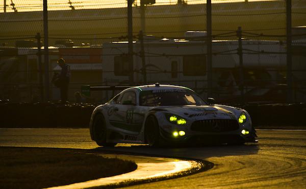 24h-Daytona-2018-Riley-Motorsports-Mercedes-AMG-GT3-N3.33-sunset