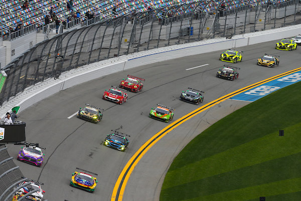 24h Daytona 2019 Start