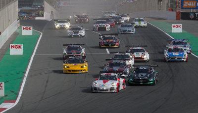 24h-Dubai-2015-Start-Fach-Auto-Tech-Porsche