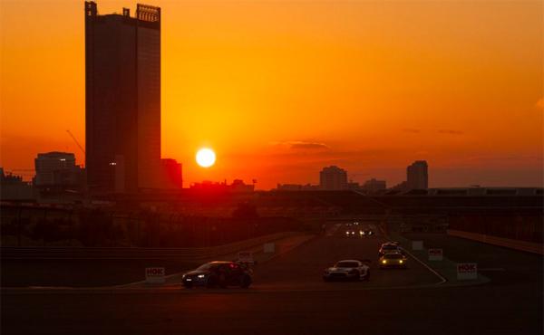 24h-Dubai-2016-Sonnenaufgang