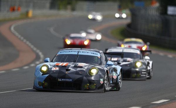 24h Le Mans 2015 Patrick Dempsey Holt Mit Porsche Platz 2
