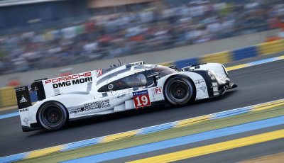 24h-Le-Mans-2015-Nico-Huelkenberg-Porsche-919-Hybrid-Fuehrung