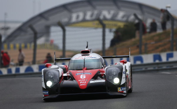 24h le mans 2016 toyota gazoo racing ist bereit. Black Bedroom Furniture Sets. Home Design Ideas