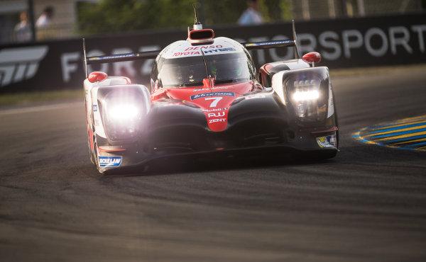 24h-Le-Mans-2017-Toyota-TS050-Hybrid-Nr.7