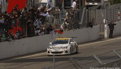 24h-Nurburgring-2015-Drexler-Motorsport-Opel-Astra-OPC