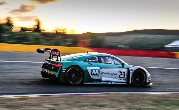 24h-Spa-2018-Land-Motorsport-Audi-R8-LMS-Nr.29-Sonnenuntergang