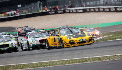 ADAC-GT-Masters-2015-Nürburgring-Schütz-Motorsport-Porsche-Start