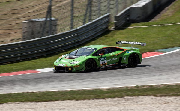 Gt Masters 2015 Red Bull Ring Grasser Racing Siegt In Lauf 2