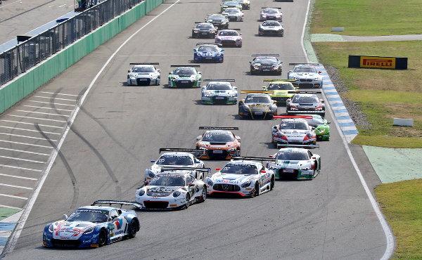 ADAC-GT-Masters-2017-Hockenheimring-Rennen-1-Start