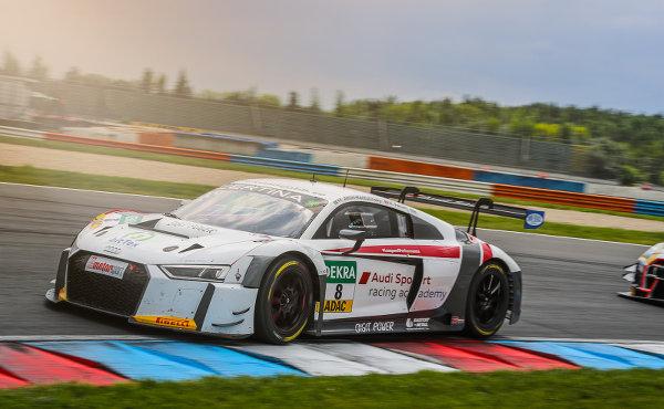 ADAC-GT-Masters-2017-Lausitzring-Audi-Sport-racing-academy-Mikaela-Ahlin-Kottulinksy