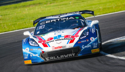 ADAC-GT-Masters-2017-Lausitzring-Callaway-Competition-Corvette-C7-GT3-R-Nr.77