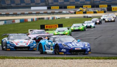 ADAC-GT-Masters-2017-Lausitzring-Corvette-vorne