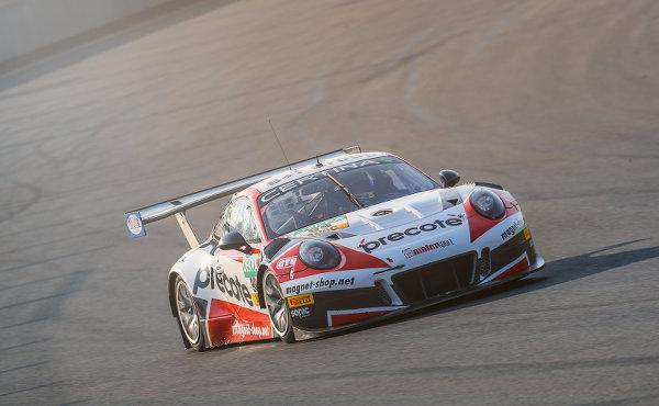 ADAC-GT-Masters-2017-Lausitzring-Herberth-Motorsport-Porsche-911-GT3-R-Nr.99-Mueller-Renauer