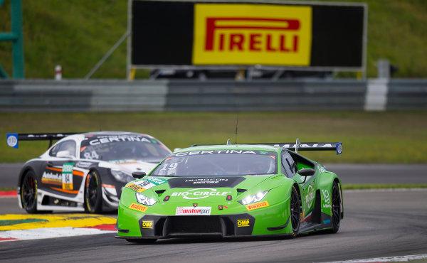 ADAC-GT-Masters-2017-Nuerburgring-Grasser-Racing-Lamborghini-Huracan-GT3-Nr.19
