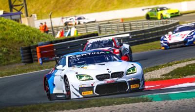 ADAC-GT-Masters-2017-Oschersleben-Schnitzer-Motorsport-BMW-M6-GT3-Nr43-vor-Porsche-und-Corvette
