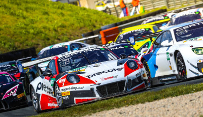 ADAC-GT-Masters-2017-Oschersleben-viele-Fahrzeuge