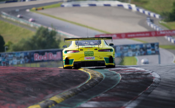 ADAC-GT-Masters-2017-Red-Bull-Ring-MANN-FILTER-HTP-Mercedes-AMG-GT3-Nr.48-von-hinten