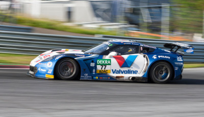 ADAC-GT-Masters-2017-Red-Bull-Ring-Pole-fuer-Callaway-Corvette-in-Rennen-1