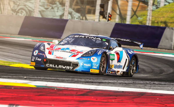 ADAC-GT-Masters-2017-Red-Bull-Ring-zweites-Training-Callaway-Competition-Corvette-Nr.77