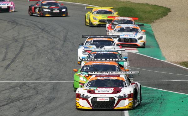 ADAC-GT-Masters-2018-Oschersleben-Rennen-1-die-ersten-neun