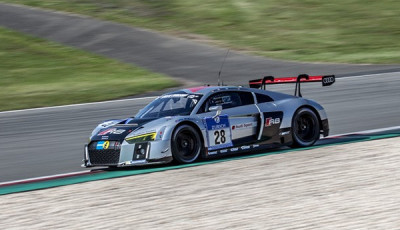 Audi R8 LMS No. 28 Team WRT