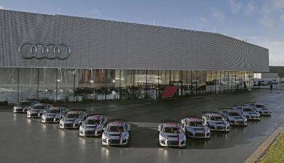 Auslieferung-Audi-R8-LMS-GT4