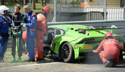 Blancpain-Endurance-2017-Monza-Grasser-Racing-Lamborghini-Huracan-GT3-Nr19-Unfall
