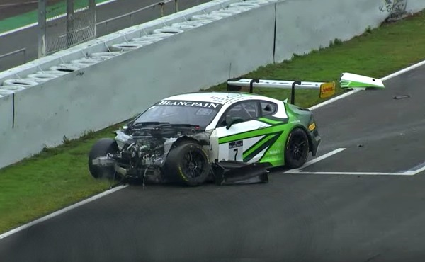 Blancpain-Endurance-Series-2017-Barcelona-Qualifying-Bentley-Continental-GT3-Nr.7-crash