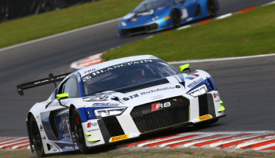 Blancpain-Sprint-2016-Brands-Hatch-Sainteloc-Audi-R8-LMS
