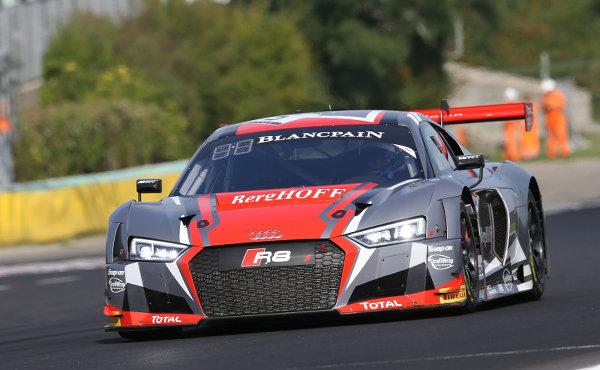 Blancpain-Sprint-2017-Hungaroring-Main-Race-WRT-Audi-R8-LMS-Nr.5