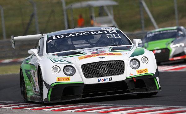 Blancpain-Sprint-2017-Hungaroring-Qualifying-M-Sport-Bentley-Continental-GT3-Nr.8