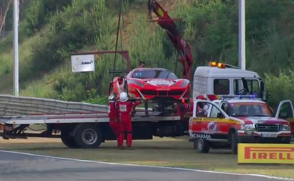 Blancpain-Sprint-2017-Zolder-Qualifying-1-Ferrari-Nr.11-Unfall