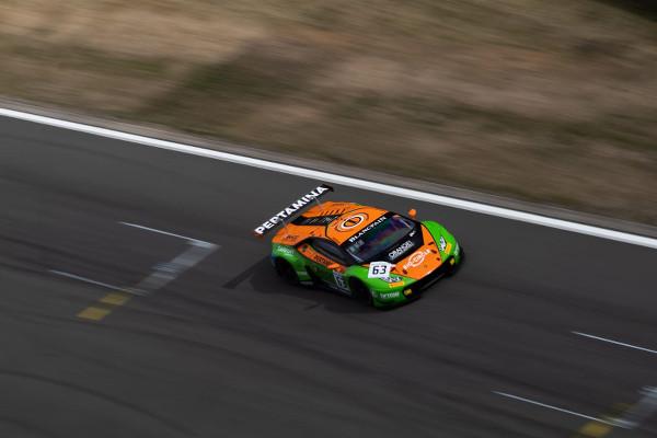 Blancpain-Sprint-2018-Nuerburgring-Rennen-1-Grasser-Racing-Lamborghini-Nr.63-klein
