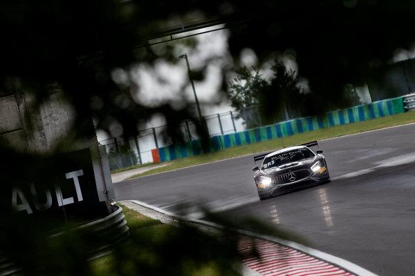 Blancpain-Sprint-Budapest-Rennen-1-AKKA-Mercedes-90