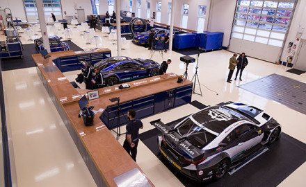 Emil Frey Racing_Jaguar und Lexus_cut
