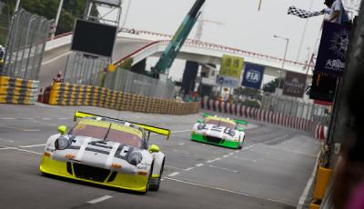 FIA-GT-World-Cup-2016-Macau-Porsche-911-GT3-R-Manthey-Racing-Nr911-Earl Bamber-Nr912-Kevin-Estre