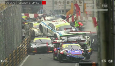 FIA-GT-World-Cup-Qualifikationsrennen-Massencrash