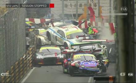 FIA-GT-World-Cup-Qualifikationsrennen-Massencrash