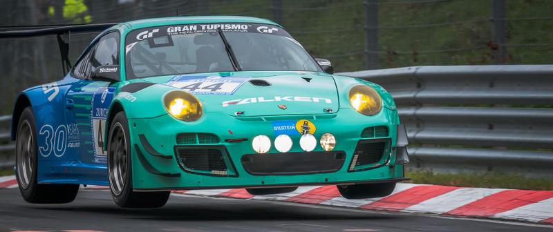 Falken-Porsche-up-in-the-air