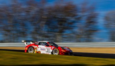 Frikadelli Racing_Porsche 911 GT3 R 31_VLN 2 2018_cut